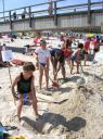 Baut die größte Sandburg